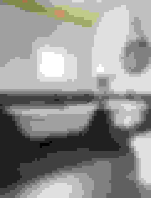 浴室 by 라움플랜 건축사사무소