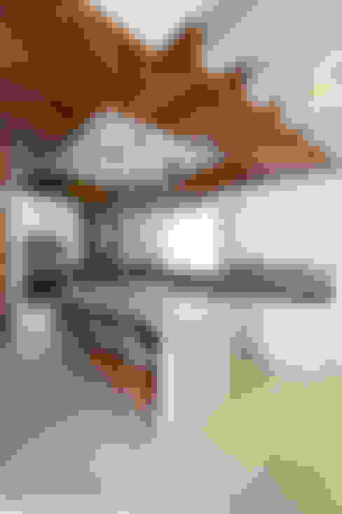 廚房 by TAMEN arquitectura