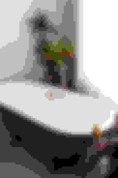 浴室 by Kevin Veenhuizen Architects