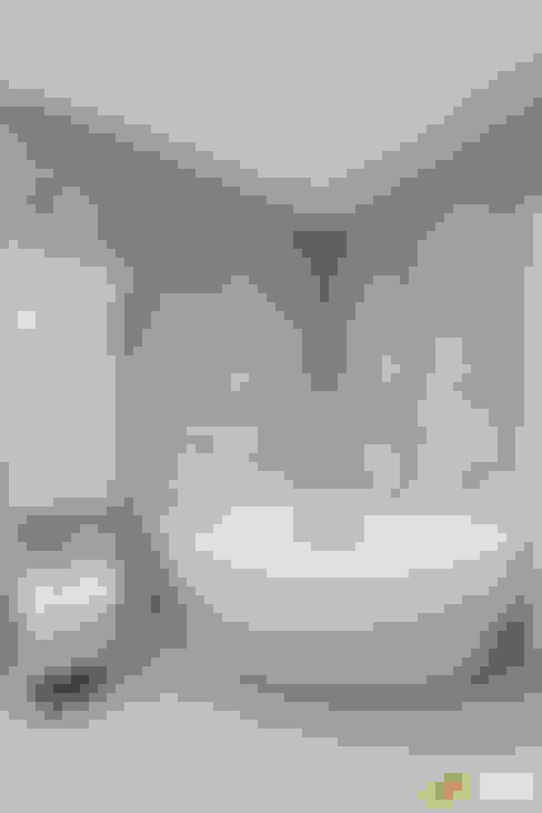 Baños de estilo  por Studio D73