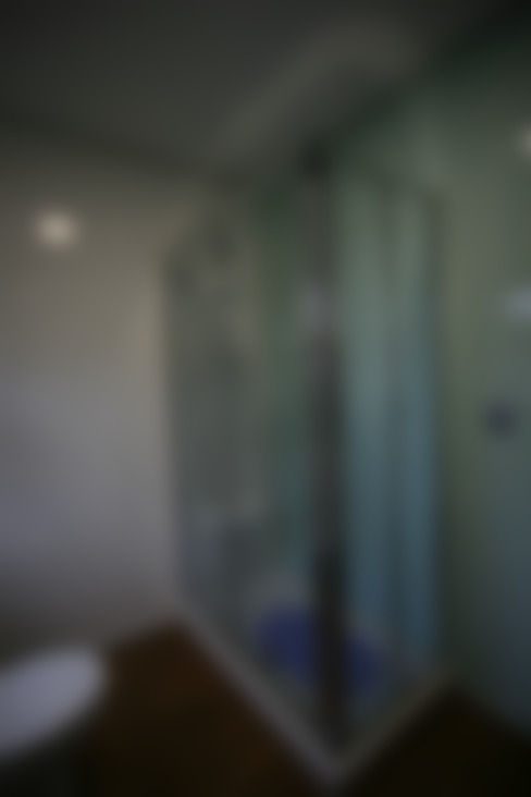 浴室 by Cosquel, Sociedade de Construções Lda
