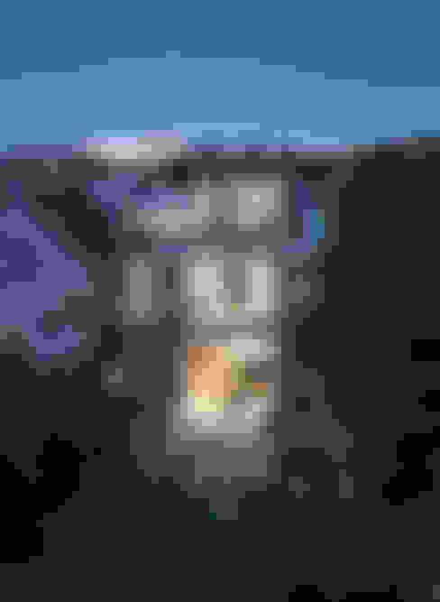 Rumah by Feldman Architecture