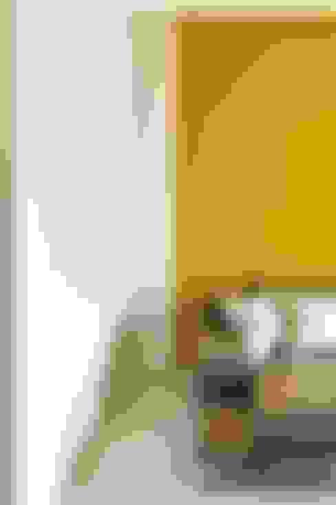 Salas / recibidores de estilo  por Elles Interior Design & Home Personal Shopper
