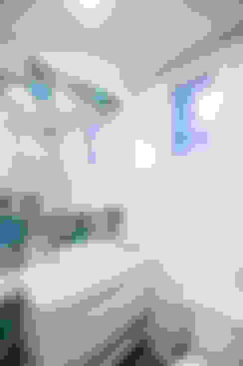 浴室 by Camila Chalon Arquitetura