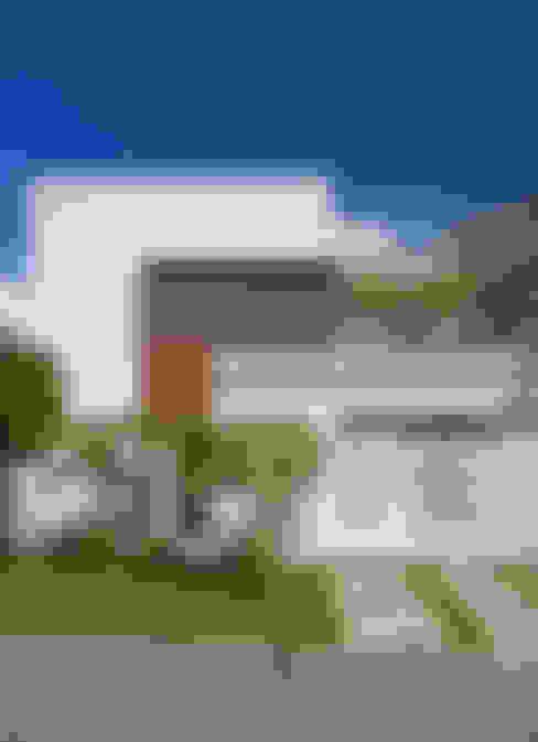 Rumah by Virna Carvalho Arquiteta