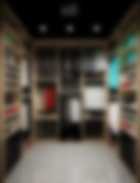غرفة الملابس تنفيذ ÖZHAN HAZIRLAR İÇ MİMARLIK