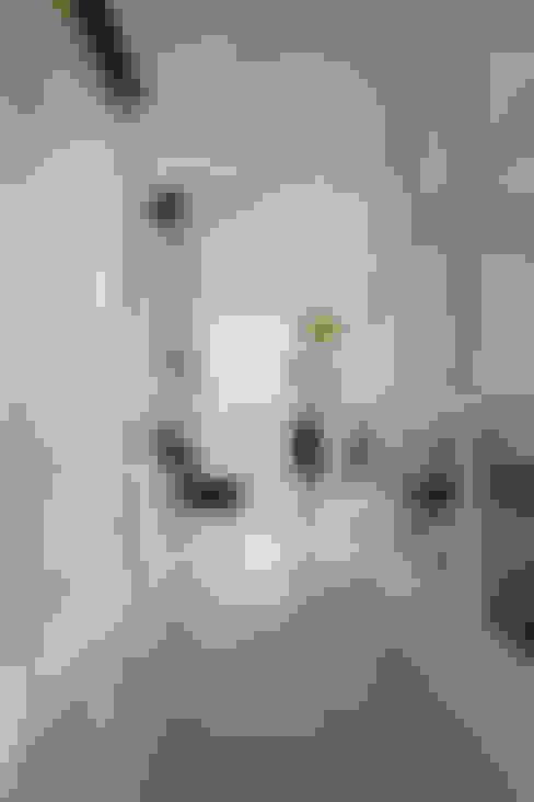Ingresso & Corridoio in stile  di 誼軒室內裝修設計有限公司