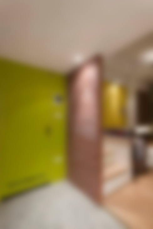 JIMU 泰山林宅:  走廊 & 玄關 by 吉畝室內裝修有限公司