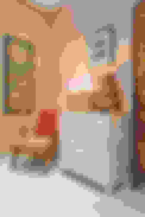 Phòng khách by RANAH