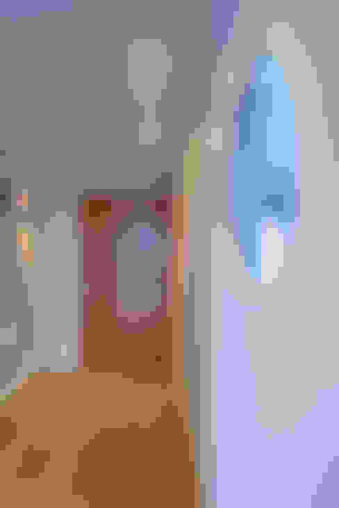 Corridor & hallway by AD+ arquitectura