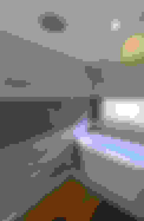 浴室 by ARCHI-TEXTUAL, PLLC