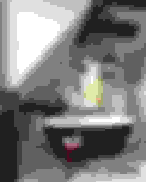 浴室 by MIKOŁAJSKAstudio