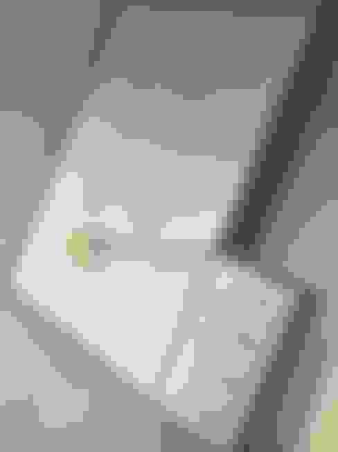臥室 by Première Interior Designs