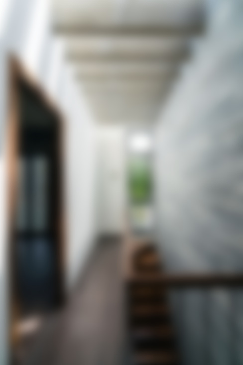 Corridor & hallway by Công ty TNHH Xây Dựng TM – DV Song Phát