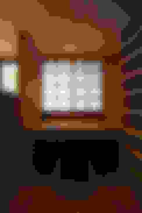 書房/辦公室 by 株式会社 山弘