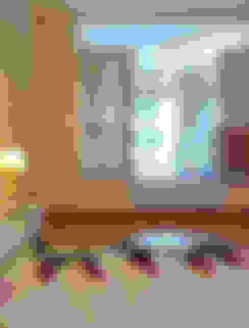 Độc Đáo Với Nhà Phố 3 Tầng Đẹp Có Thiết Kế Hồ Bơi Trên Sân Thượng :  Phòng ngủ by Công ty TNHH Xây Dựng TM – DV Song Phát