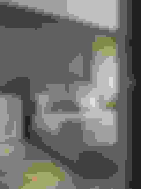 在休閒風設計中傾聽生活、感受溫度  :  臥室 by 星葉室內裝修有限公司