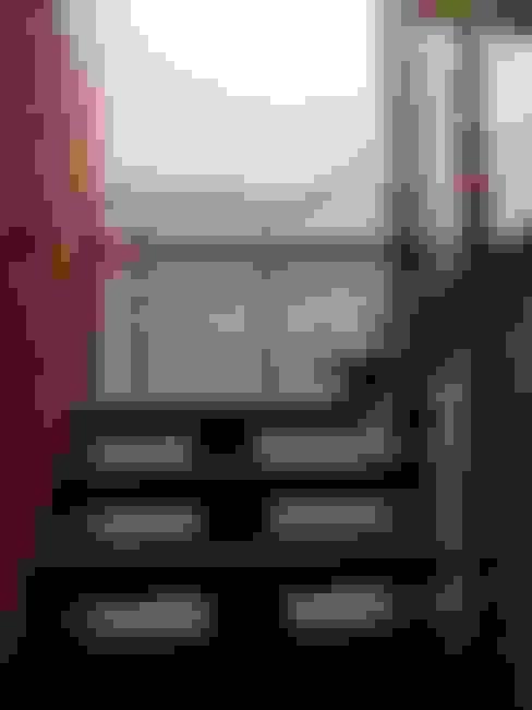 Escalera: Escaleras de estilo  por RIVAL Arquitectos  S.A.S.