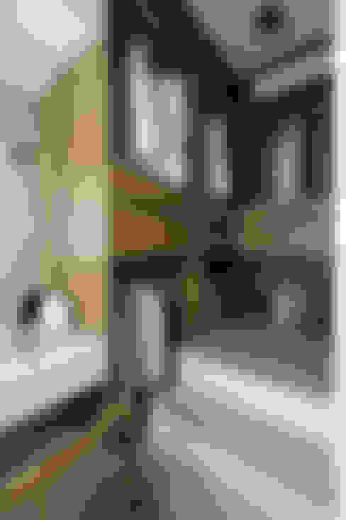 率性.北界:  更衣室 by Moooi Design 驀翊設計