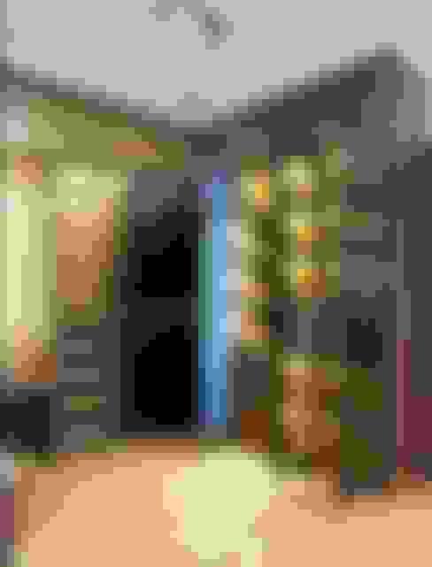 Dressing room by FIANO INTERIOR