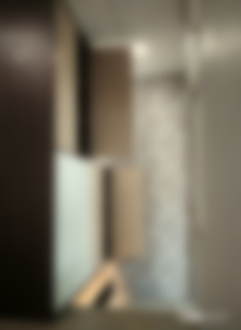 入口玄關:  走廊 & 玄關 by 以恩設計