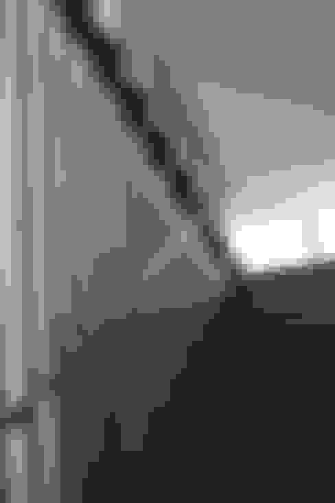 :  Koridor dan lorong by SAE Studio (PT. Shiva Ardhyanesha Estetika)