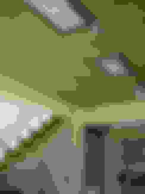 Tetto in stile  di Módulo 3 arquitectura