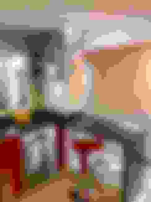 Vista 12: Cocinas de estilo  por balConcept SpA