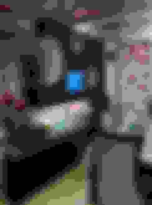 غرفة المعيشة تنفيذ Design Kreations