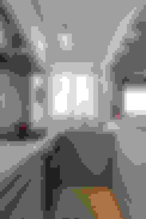 Küchenzeile von Studio Elã