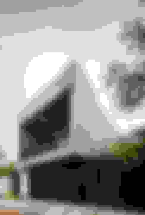 Терасовий будинок by Apaloosa Estudio de Arquitectura y Diseño