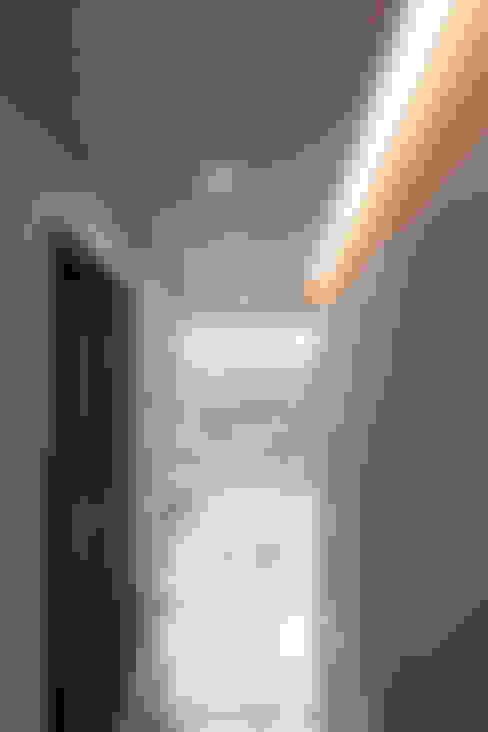 الممر والمدخل تنفيذ AAG architecten