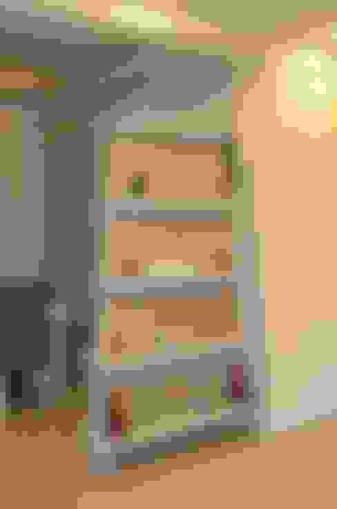 Small bedroom by Neun Designs Pvt.Ltd.