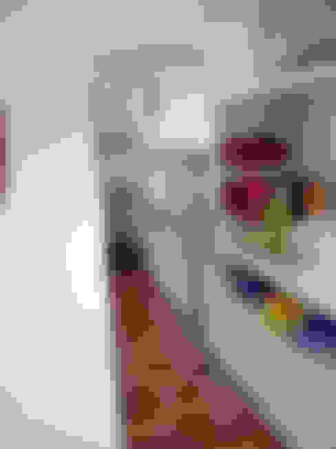 La Calidad de un Espacio.  El Orden también se proyecta.  : Pasillos y recibidores de estilo  por Fabiana Ordoqui  Arquitectura y Diseño.   Rosario | Funes |Roldán