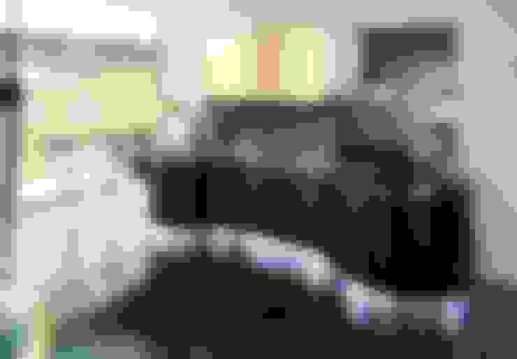 Italienische Designerküchen mit Küchenoberflächen aus edlem Echtholz :  Küche von Küchengaleria Oßwald GmbH