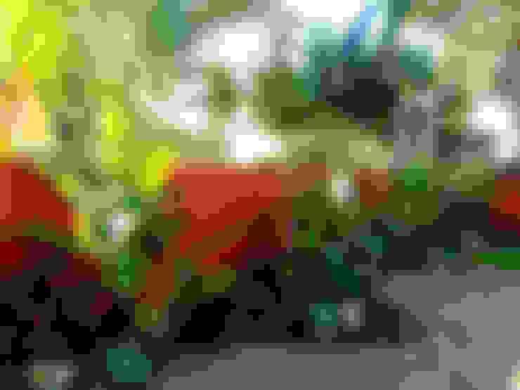 Jardines de estilo  por Simbiosi Estudi