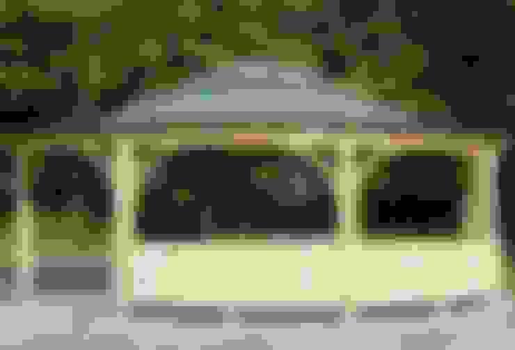 حديقة تنفيذ EcoCurves - Bespoke Glulam Timber Arches