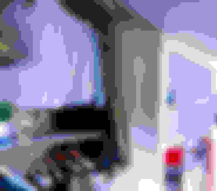 Closets de estilo  por TEKNIA ESTUDIO