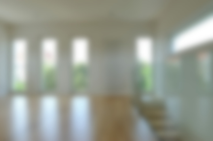 غرفة المعيشة تنفيذ zymara und loitzenbauer architekten bda