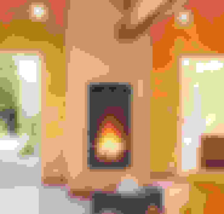 Living room by Diligence International Ltd