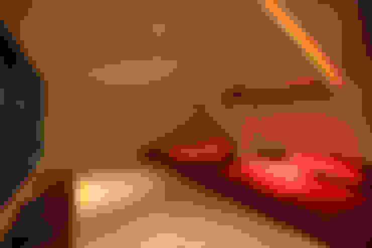 Salas de entretenimiento de estilo  por Alissa Ugolini - homify UK