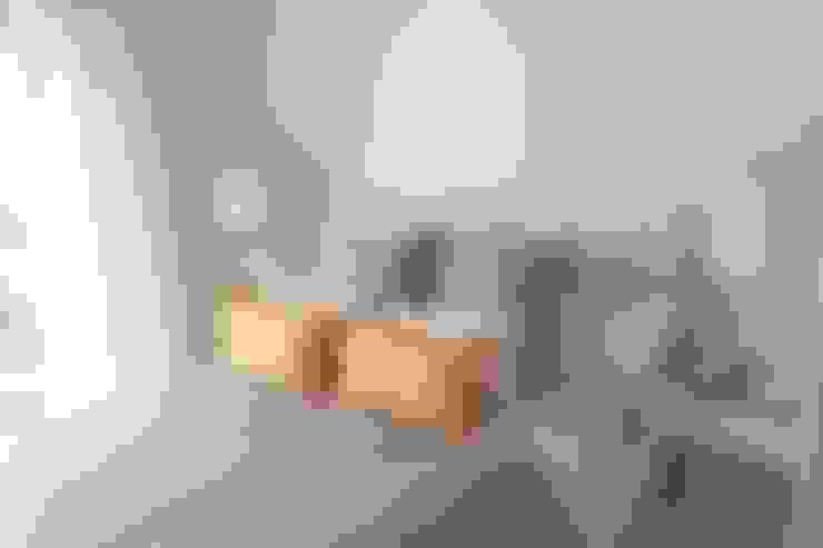 Dormitorios de estilo  por Tatiana Doria,   Diseño de interiores