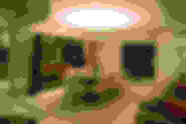 Sala de Jantar: Sala de jantar  por CASA Arquitetura e design de interiores