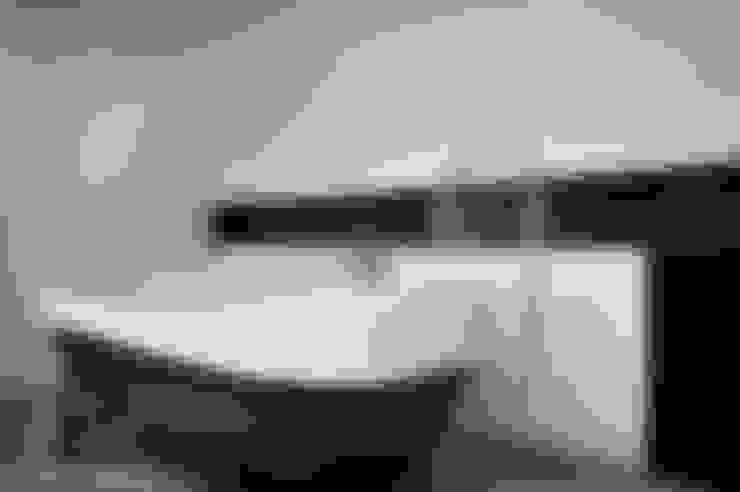 Ванные комнаты в . Автор – badconcepte