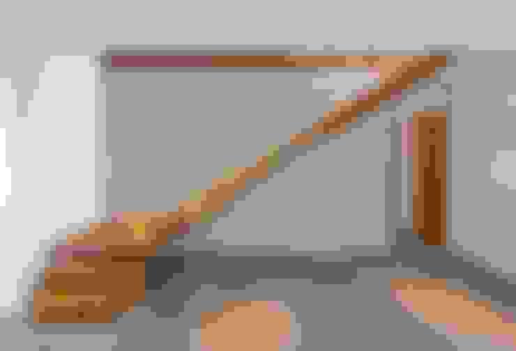 Corredor, hall e escadas  por Bau-Fritz GmbH & Co. KG