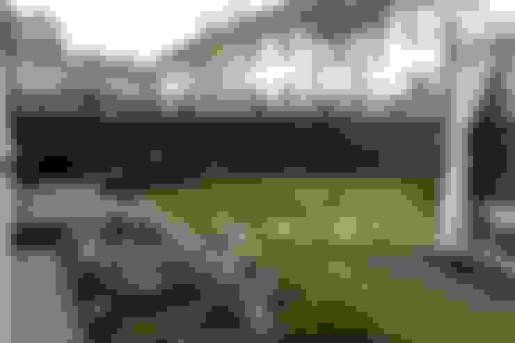 Giardino in stile  di GREENERIA