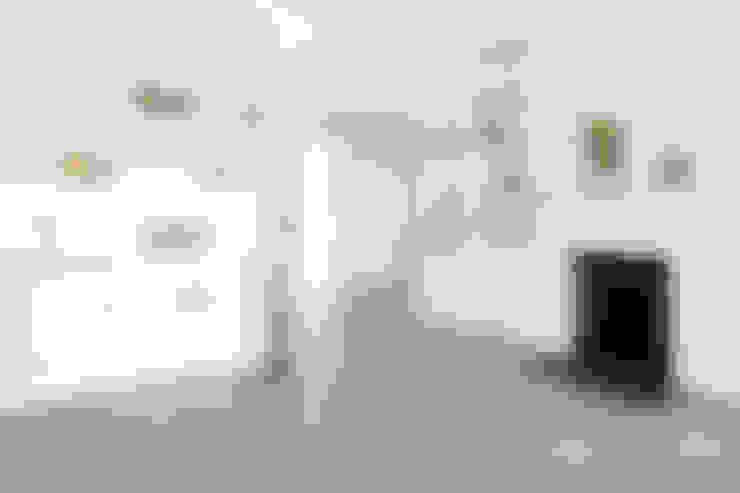 Ruang Keluarga by Ardesia Design