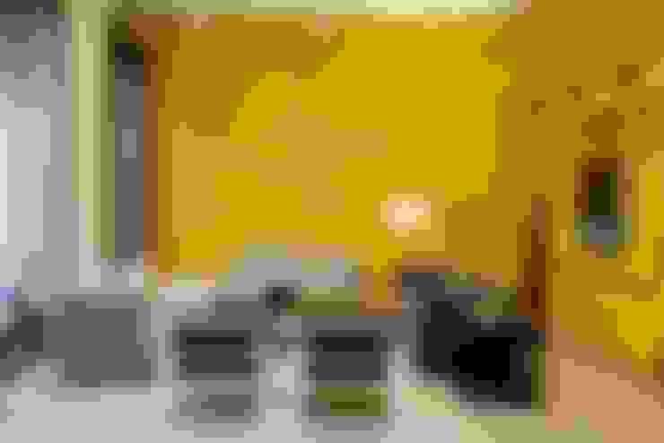 Living room by Neue Wiener Werkstätte