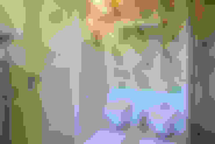 Casas de banho  por DecorAndDesign