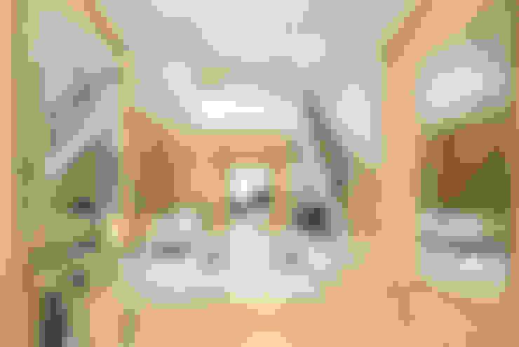 Celia Sawyer Luxury Interiors의  복도 & 현관